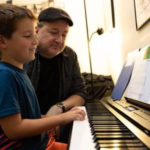 Piano Lesson 7 800x