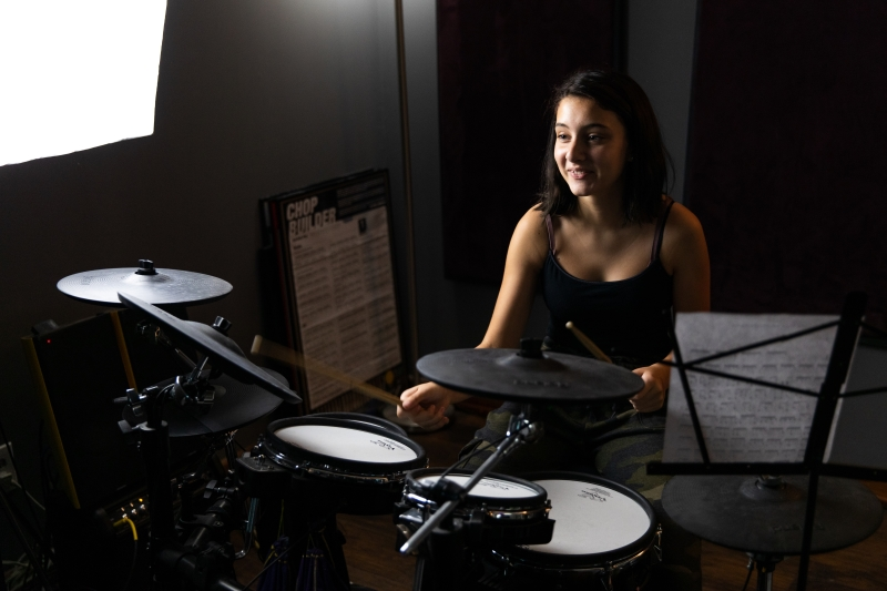Drum Lesson Small 800x